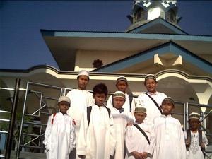 27 Nopember 2007 Shilaturrrohim & Qiyamullail di rumah Thoriq Kediri